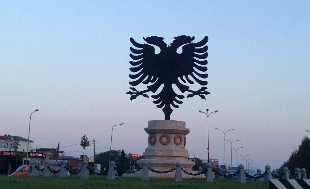 Leggenda Albanese Aquila Bicipite. Cosa sapere sull'Albania