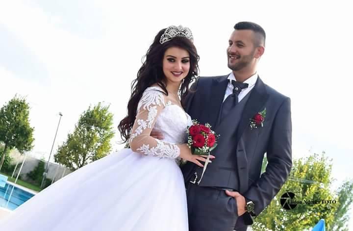 Matrimonio In Albania : Invi t ata ad un matrimonio albanese