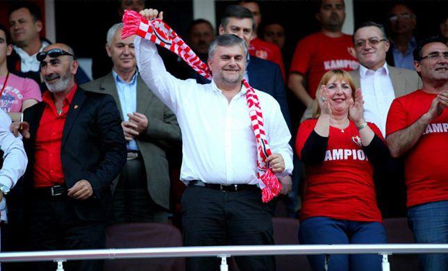 Presidente dello Skënderbeu Korçë, Ardjan Takaj