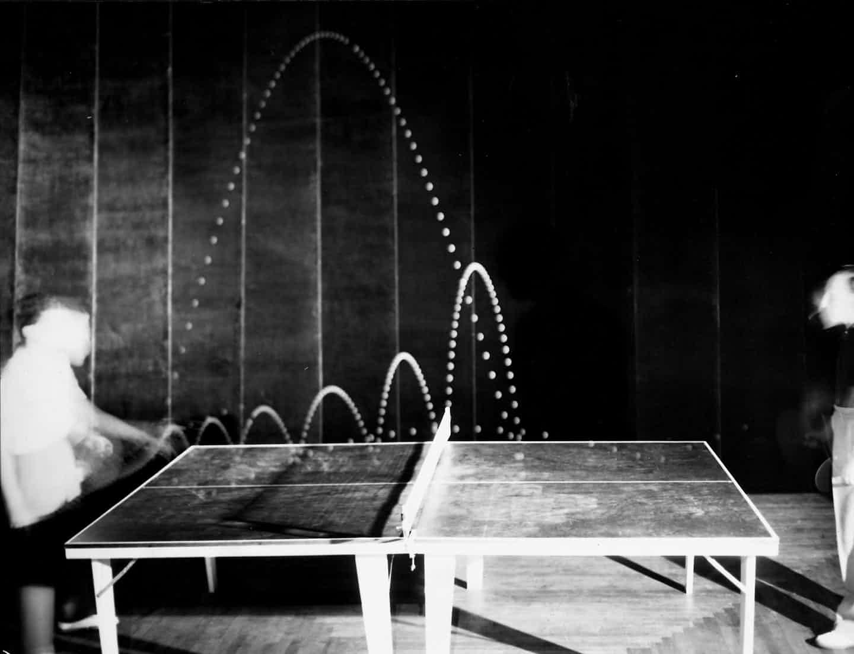 1941. Un giocatore ungherese di ping-pong nello studio di Gjon Mili